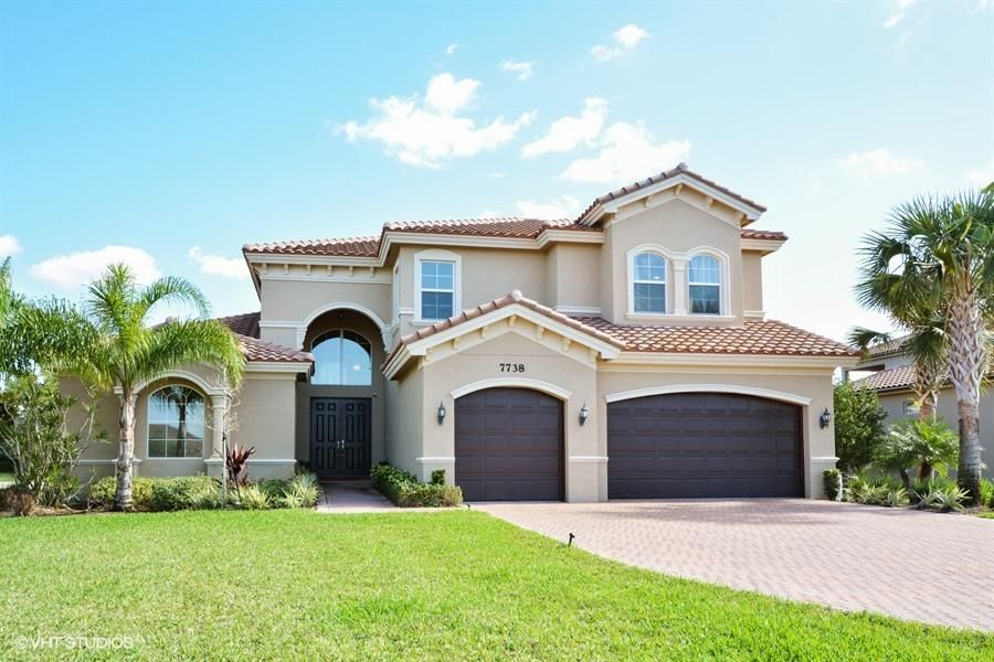 Alquiler por un Venta en 7738 Maywood Crest Drive West Palm Beach, Florida 33412 Estados Unidos