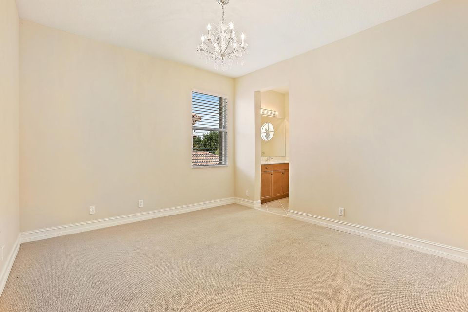 Additional photo for property listing at 623 Edgebrook Lane 623 Edgebrook Lane West Palm Beach, Florida 33411 Vereinigte Staaten