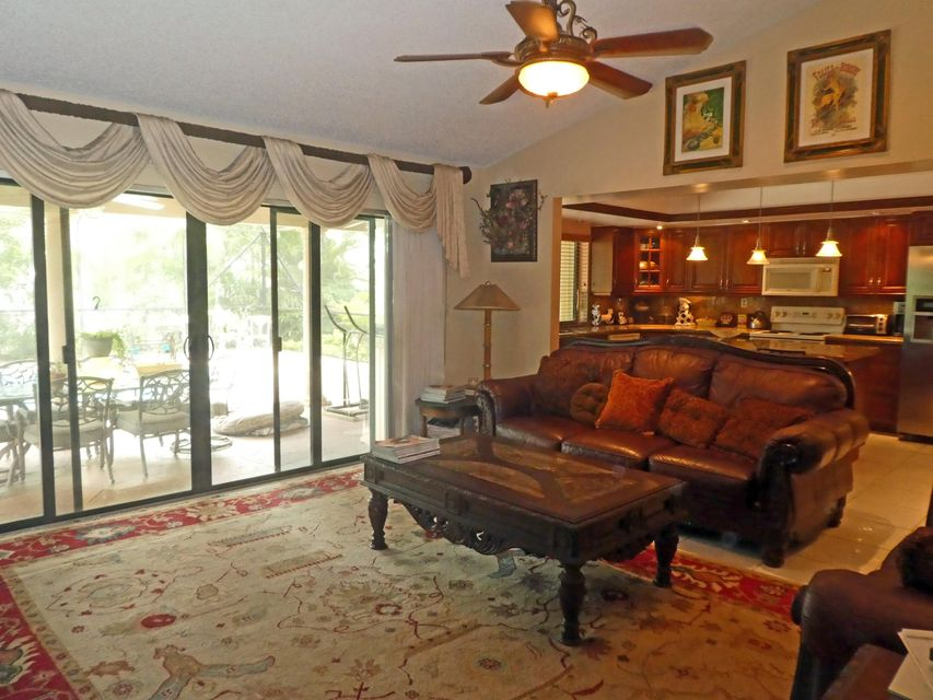 Additional photo for property listing at 17335 Lake Park Road  Boca Raton, Florida 33487 United States