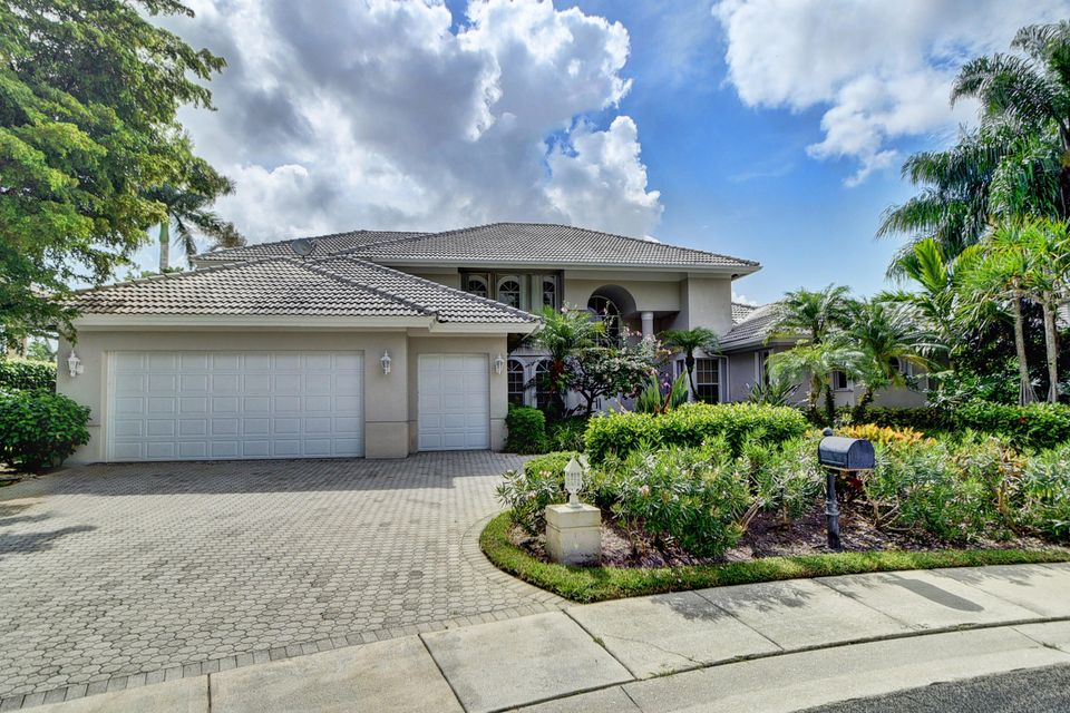 5882 Nw 26th Court