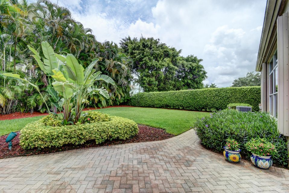 Additional photo for property listing at 4214 NW 60th Drive  Boca Raton, Florida 33496 United States