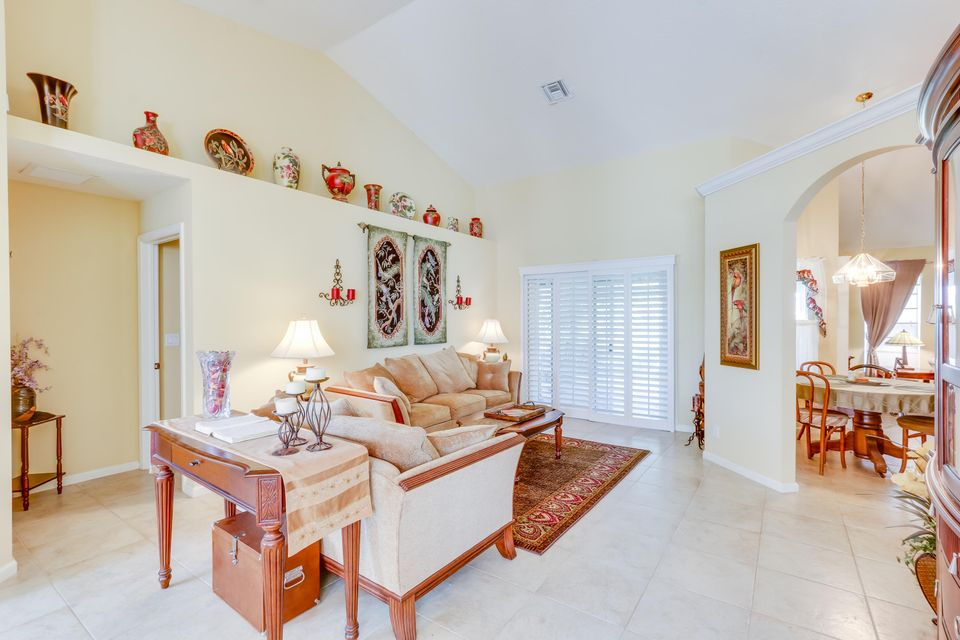 Additional photo for property listing at 150 Granada Street  Royal Palm Beach, Florida 33411 Estados Unidos