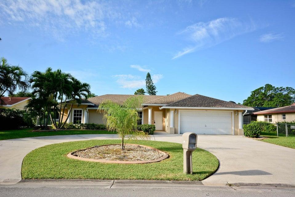 126 Sandpiper Avenue, Royal Palm Beach, FL 33411