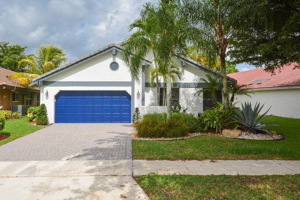 11086 Highland Circle, Boca Raton, FL 33428