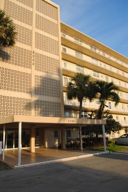 5500 NW 2nd Avenue, Apt 321 - Boca Raton, Florida