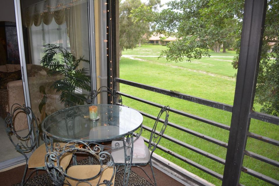 Additional photo for property listing at 5620 Spindle Palm Court  Delray Beach, Florida 33484 Estados Unidos