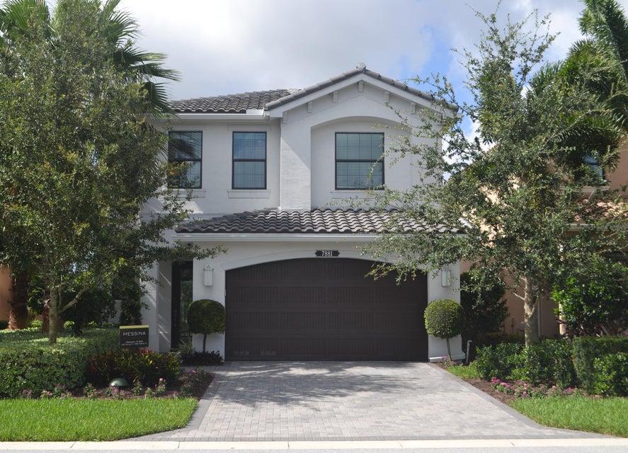 7882 Sunstone Street, Delray Beach, FL 33446