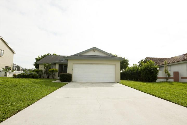 9620 Arbor Meadow Drive, Boynton Beach, FL 33437