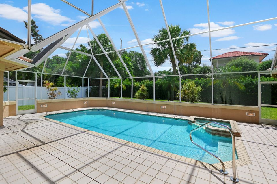 Additional photo for property listing at 36 W High Point Road  Sewalls Point, Florida 34996 United States