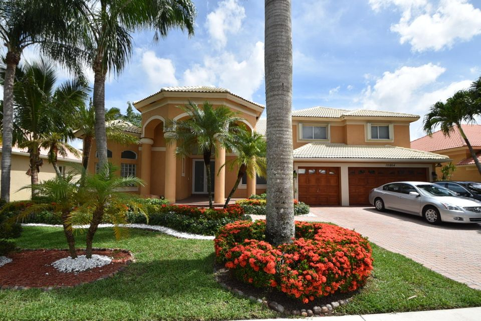 10864 King Bay Drive, Boca Raton, FL 33498