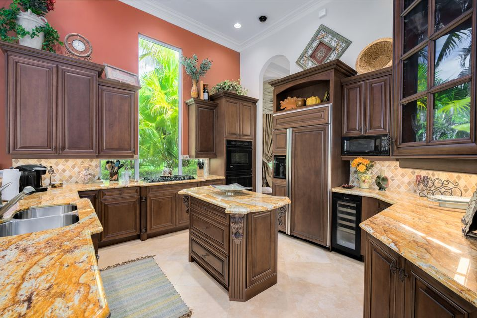 Additional photo for property listing at 141 Remo Place  Palm Beach Gardens, Florida 33418 United States