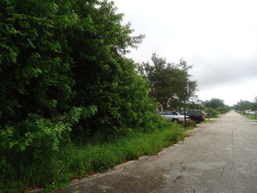 Additional photo for property listing at 5974 SE Wilsie 5974 SE Wilsie Stuart, Florida 34997 Estados Unidos