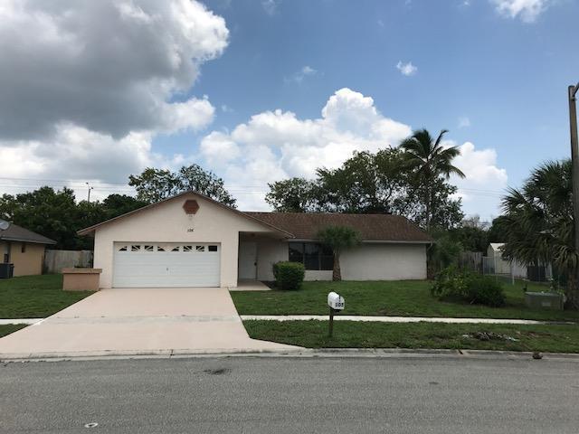 105 Sunflower Circle  Royal Palm Beach, FL 33411