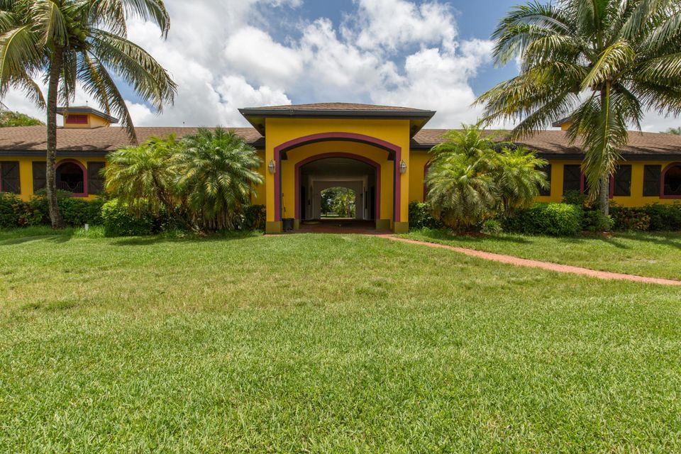 Single Family Home for Sale at 5656 S Shore Boulevard Wellington, Florida 33449 United States
