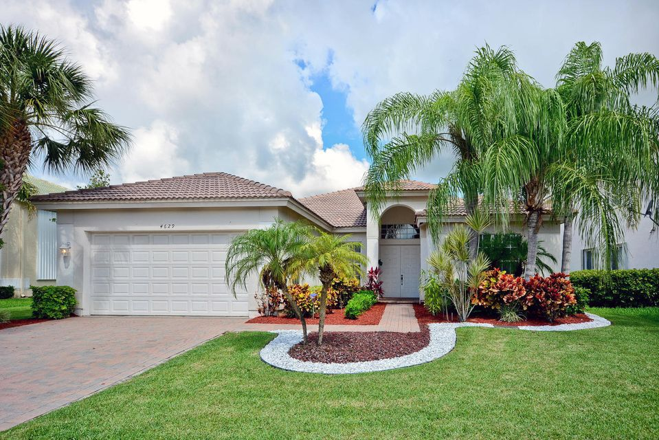 Casa Unifamiliar por un Venta en 4629 Windward Cove Lane 4629 Windward Cove Lane Wellington, Florida 33449 Estados Unidos