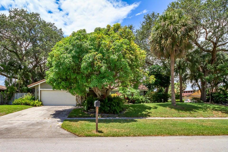 33 SW 15th Avenue, Boca Raton, FL 33486