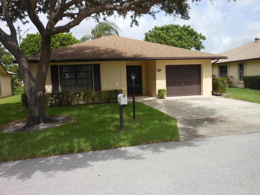6279 Red Cedar Circle, Greenacres, FL 33463