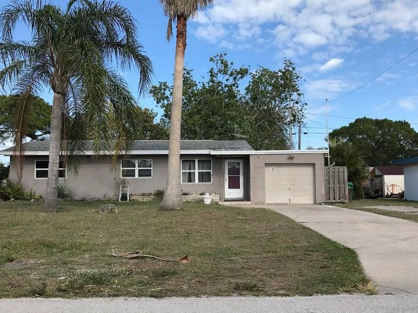 211 Beach Avenue, Port Saint Lucie, FL 34952