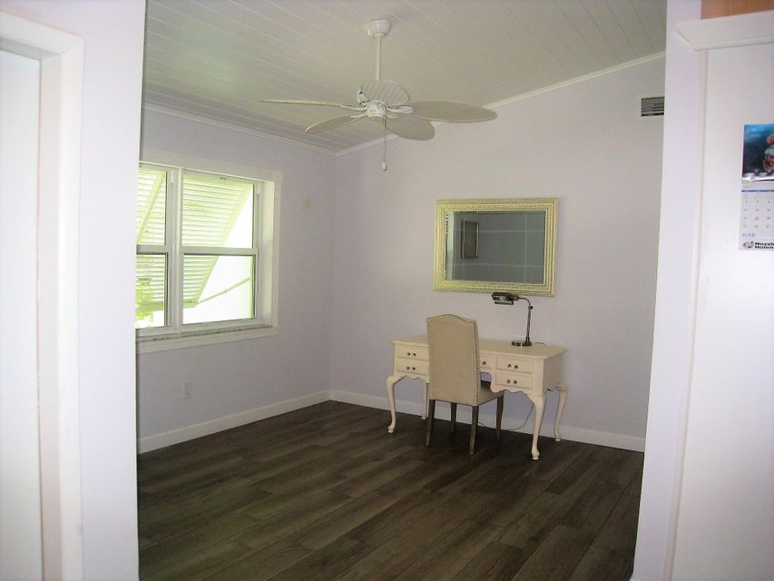 Additional photo for property listing at 720 Enfield Road  Delray Beach, Florida 33444 United States