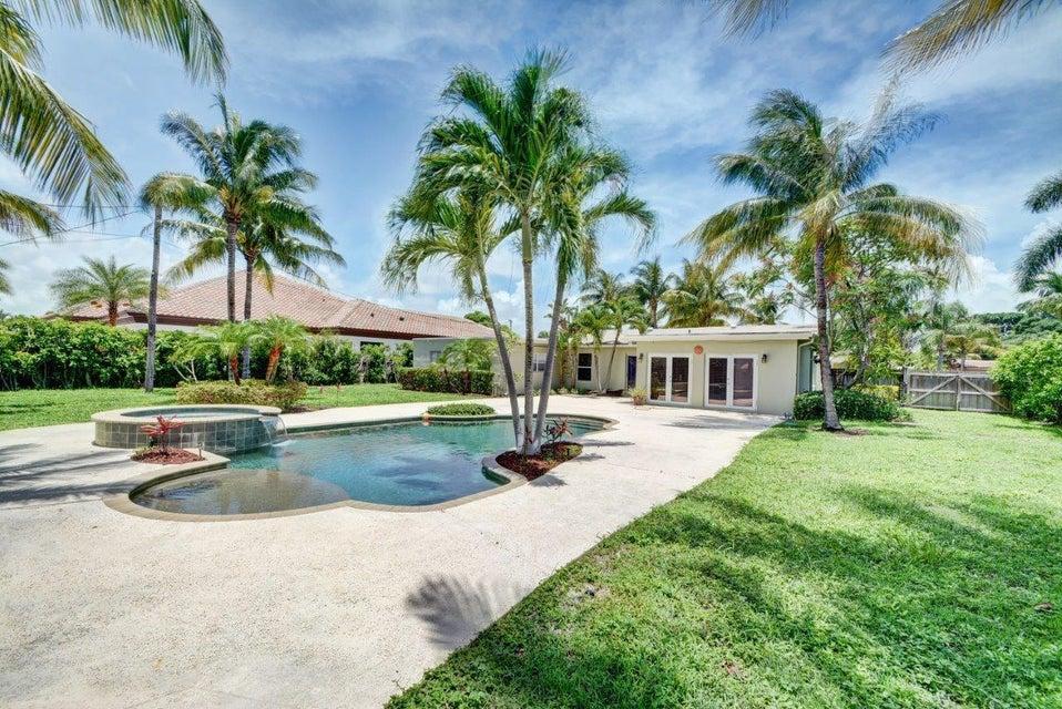 134 Alhambra Place, West Palm Beach, FL 33405