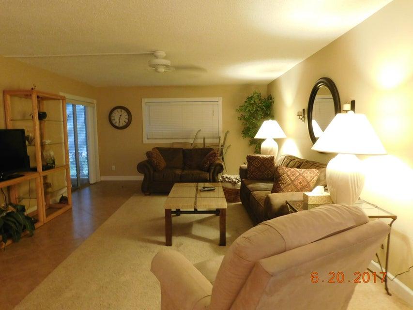 22765 SW 66th Avenue 104, Boca Raton, FL 33428