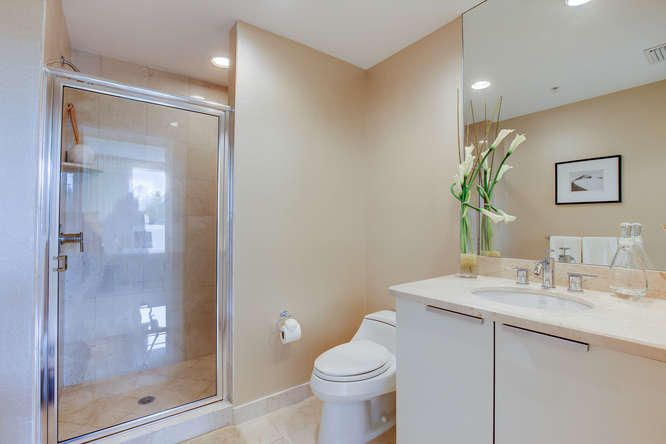 Additional photo for property listing at 1 N Ocean Boulevard  Pompano Beach, Florida 33062 États-Unis