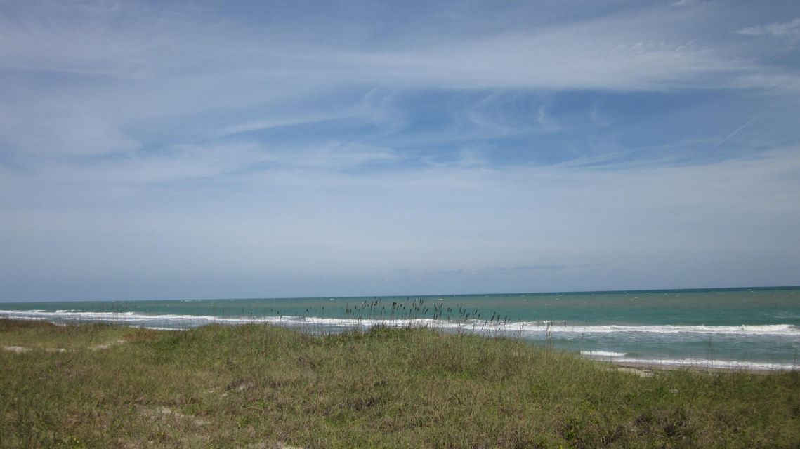Additional photo for property listing at 4551 N Hwy A1a 4551 N Hwy A1a Fort Pierce, Florida 34949 États-Unis