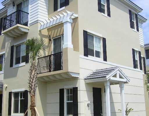 3811 NW 5th Terrace, Boca Raton, FL 33431
