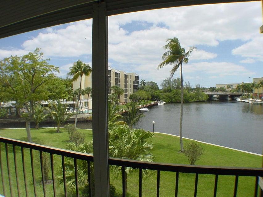 7 Royal Palm Way 307, Boca Raton, FL 33432