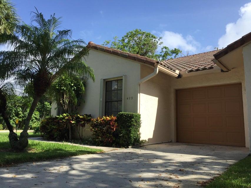 429 Cottonwood Place, Boca Raton, FL 33431