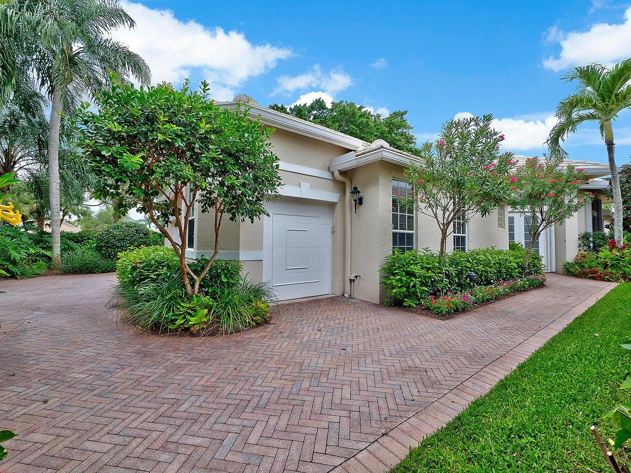 124 Victoria Bay Court, Palm Beach Gardens, FL 33418