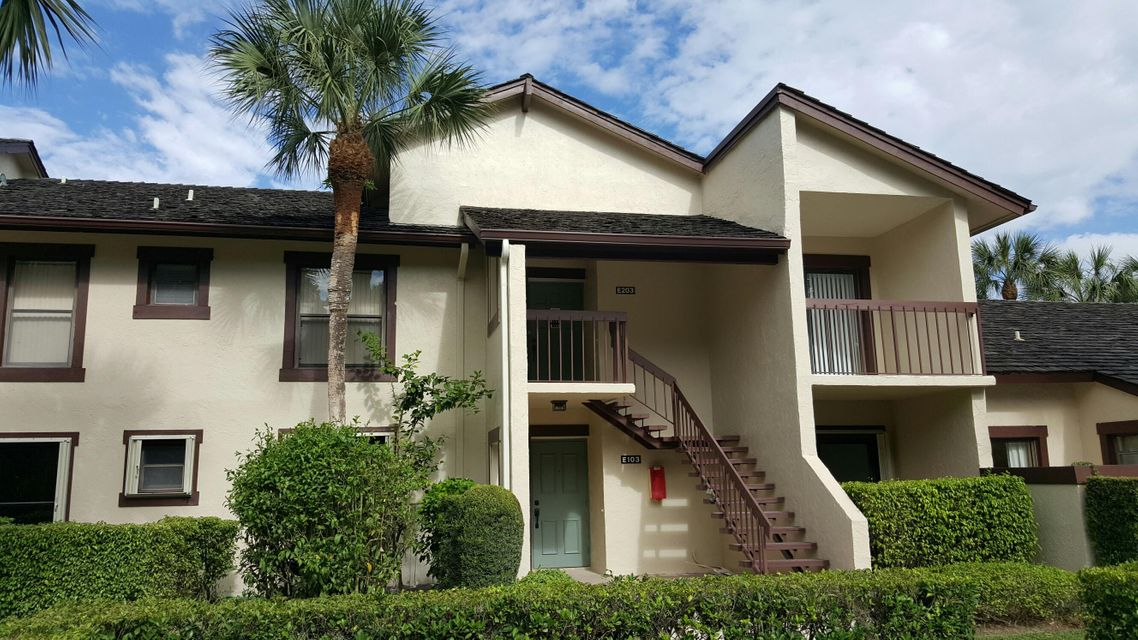 Additional photo for property listing at 11397 Pond View Drive 11397 Pond View Drive Wellington, Florida 33414 Estados Unidos