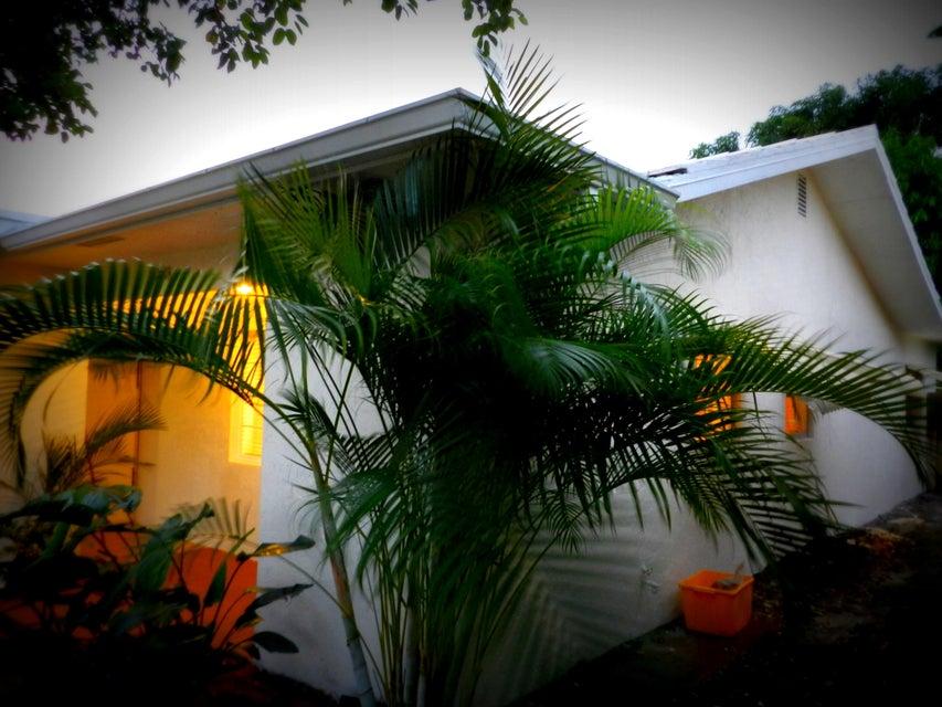 238 Dover Street, Boca Raton, FL 33487