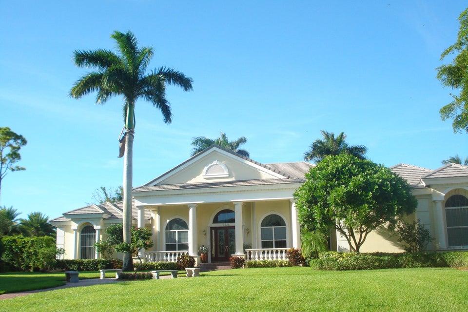 7776 Steeplechase Drive, Palm Beach Gardens, FL 33418