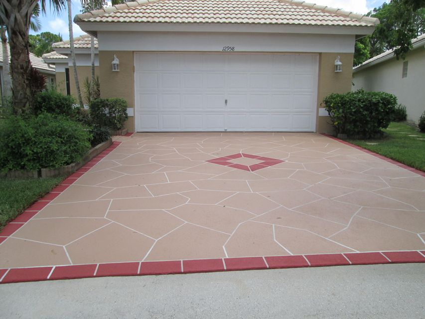 12958 Hampton Lakes Circle, Boynton Beach, FL 33436