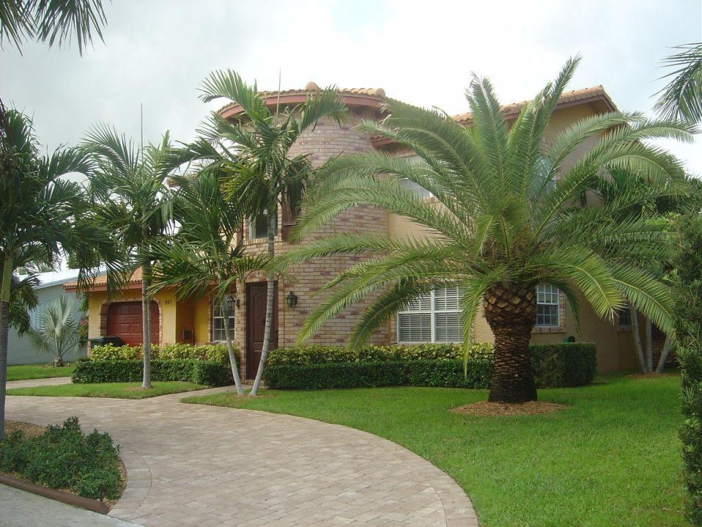 987 SW 13th Place, Boca Raton, FL 33486