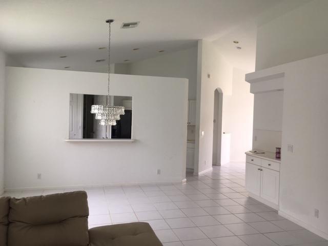 8062 Bellafiore Way Boynton Beach, FL 33472 - photo 5