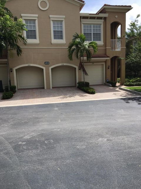 Co-op / Condo للـ Rent في 4910 Bonsai Circle 4910 Bonsai Circle Palm Beach Gardens, Florida 33418 United States