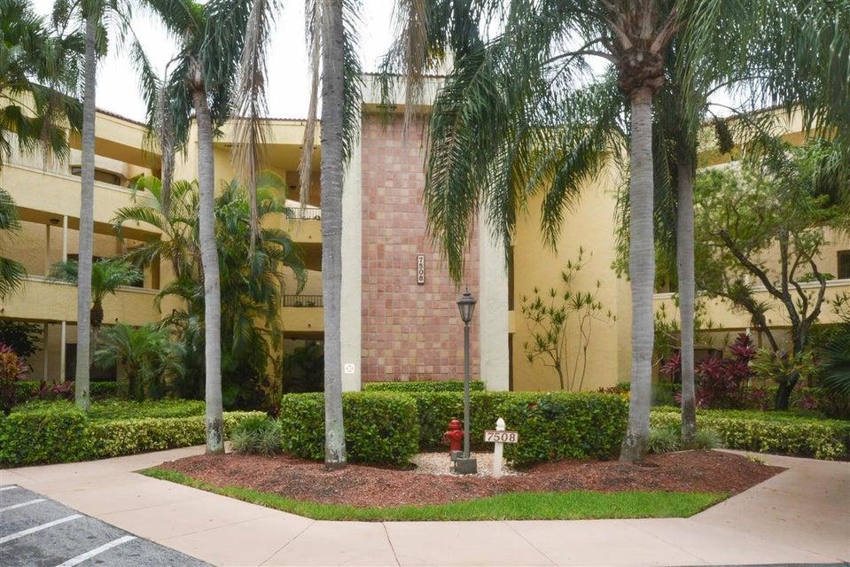 7508 La Paz Boulevard 105, Boca Raton, FL 33433