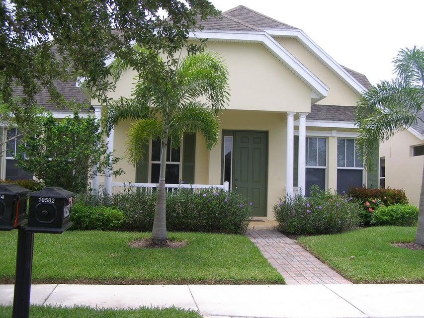 10574 SW Westlawn Boulevard, Port Saint Lucie, FL 34987