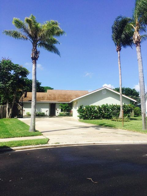 23  Las Flores  is listed as MLS Listing RX-10344835 with 17 pictures