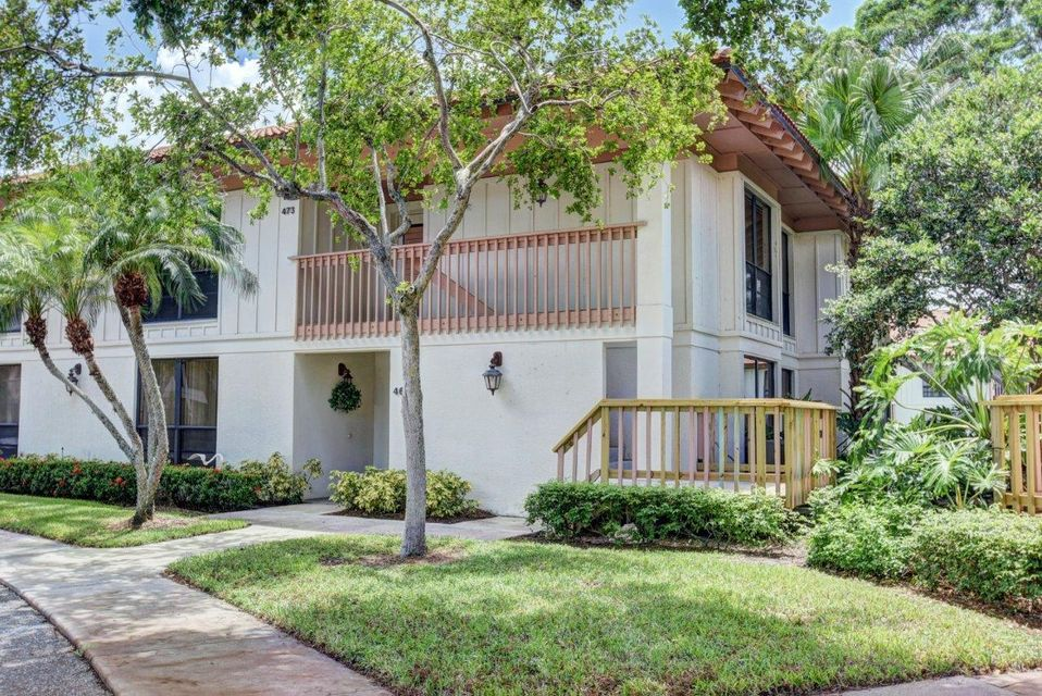 473 Brackenwood Lane , Palm Beach Gardens FL 33418 is listed for sale as MLS Listing RX-10341300 28 photos