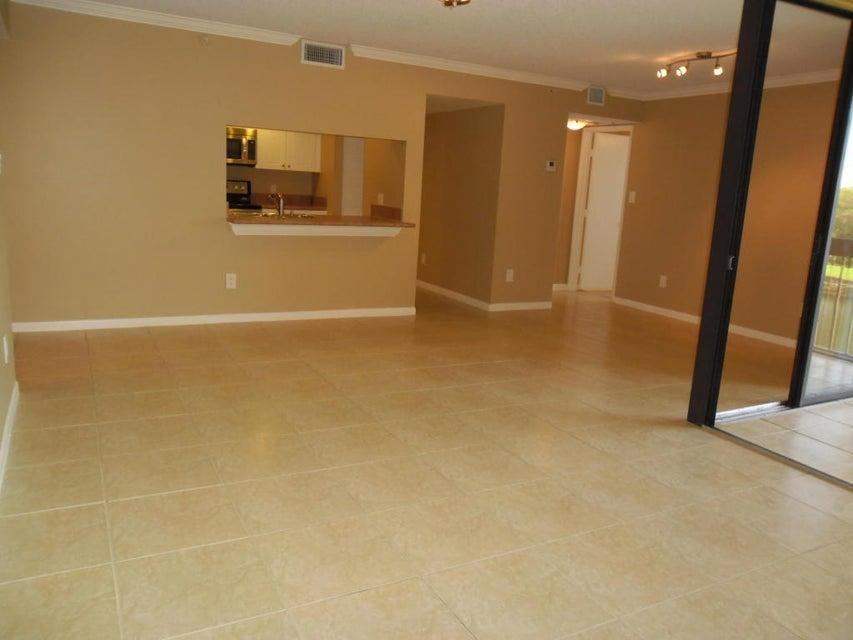 820 Lavers Circle G405, Delray Beach, FL 33444