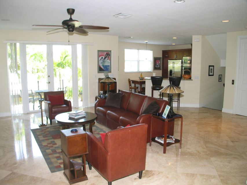 Additional photo for property listing at 3250 NE 13th Street  Pompano Beach, Florida 33062 Estados Unidos