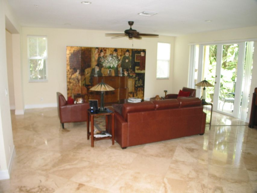 Additional photo for property listing at 3250 NE 13th Street 3250 NE 13th Street Pompano Beach, Florida 33062 États-Unis