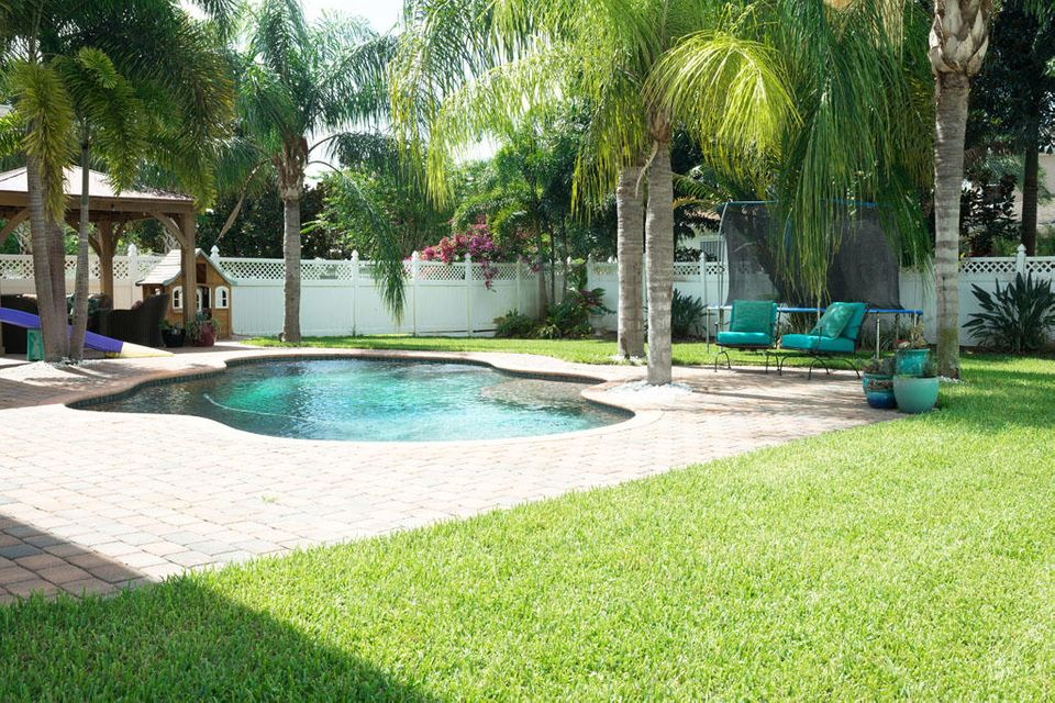 Additional photo for property listing at 437 Caravelle Drive  Jupiter, Florida 33458 Vereinigte Staaten