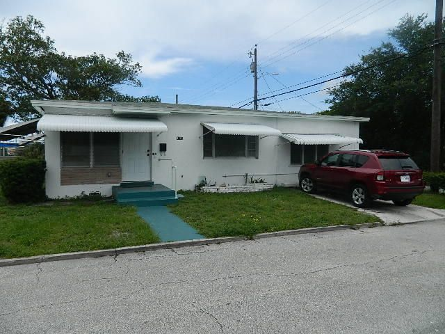 Additional photo for property listing at 1212 Madeira Court  West Palm Beach, Florida 33401 Estados Unidos
