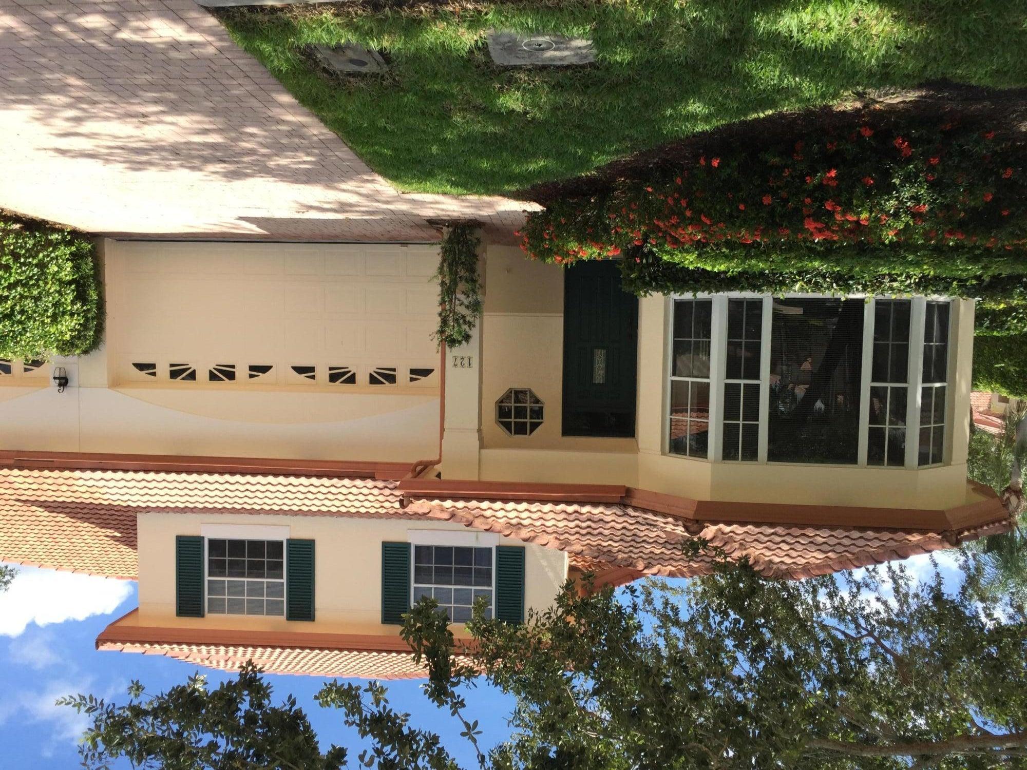 127 Monterey Pointe Drive, Palm Beach Gardens, FL 33418