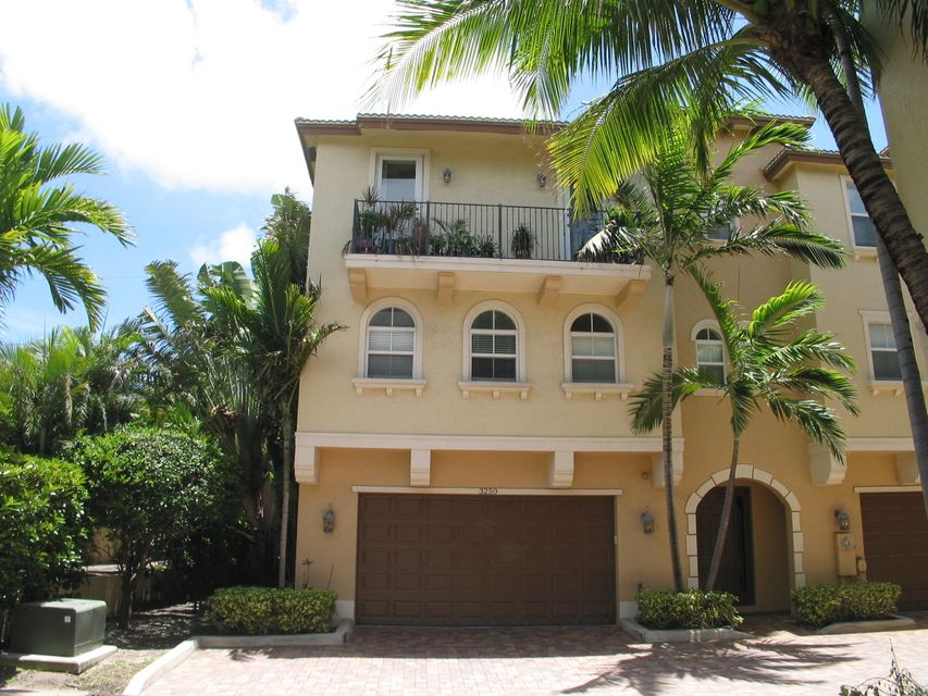 Townhouse for Sale at 3250 NE 13th Street 3250 NE 13th Street Pompano Beach, Florida 33062 United States