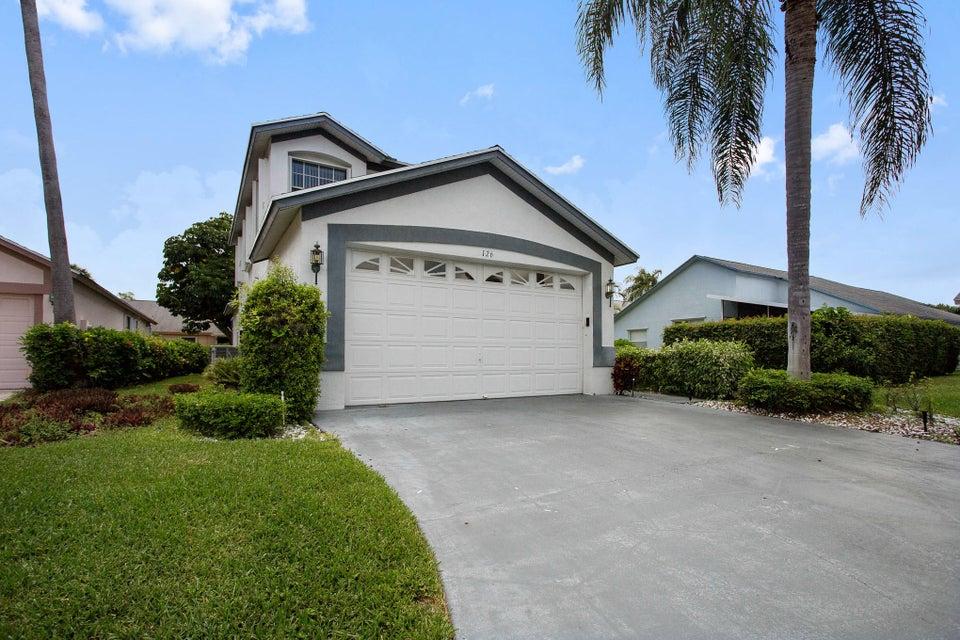 Additional photo for property listing at 126 Hammocks Drive  Greenacres, Florida 33413 United States